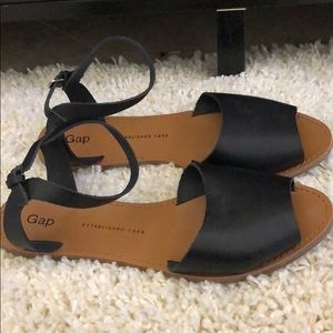 GAP Shoes - Gap Sandals (Never Worn)